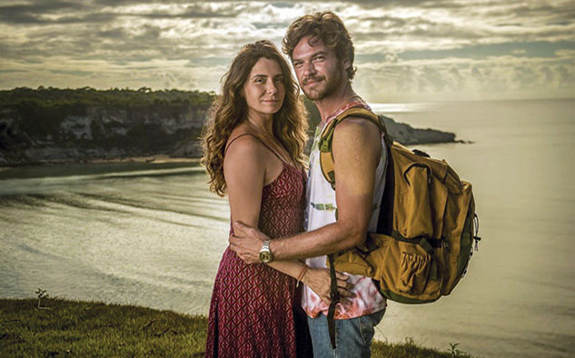 """En """"Nuevo Sol"""" Lucía (Giovanna Antonelli) es una madre luchadora cuya vida cambia por completo cuando se enamora de Beto Falcón (Emilio Dantas),"""