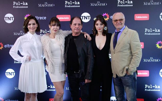 Luz Cipriota, Inés Estévez, Julio Chávez, Carla Quevedo y Juan Leyrado, dueños de los roles estelares.