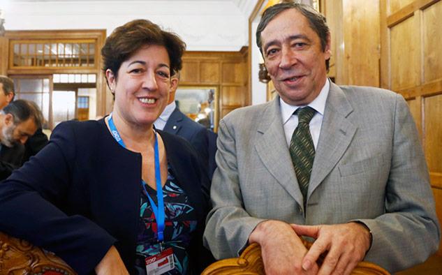 Elena Pisonero, presidenta de Hispasat y Rafael Rodrigo, Secretario general de Coordinación de Política Científica del Ministerio de Ciencia, Innovación y Universidades español