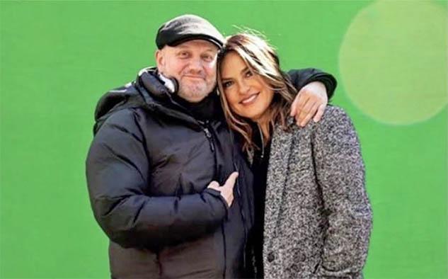 Mariska Hargitay y Juan José Campanella durante el rodaje.