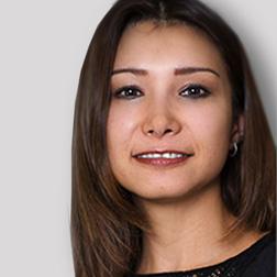Aurora Bacquerie, VP de Relaciones de Canales