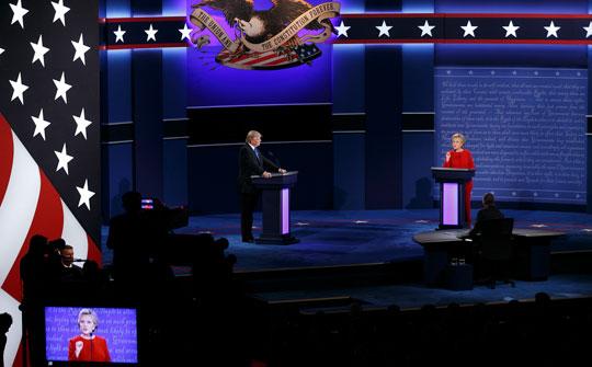 D. Trump y H. Clinton durante el primer debate presidencial (Fotos: Jonathan Heisler / Hofstra University)
