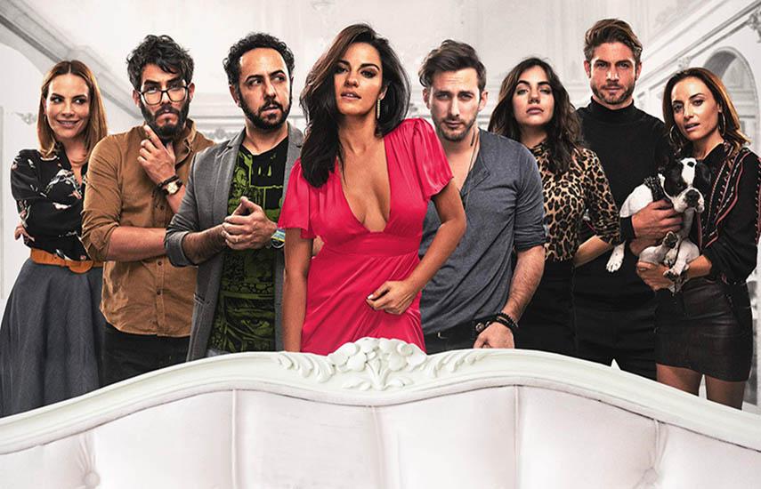 La primera temporada se estrenó en agosto pasado, siendo elogiada por la crítica al presentar una perspectiva cómica sobre la monogamia, la autorrealización y el deseo.