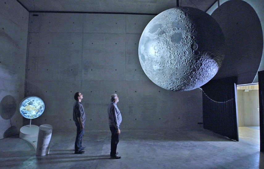 Magic of the Moon - The most detailed 3D model of the Moon (Magia de la Luna - El modelo 3D más detallado de la Luna)