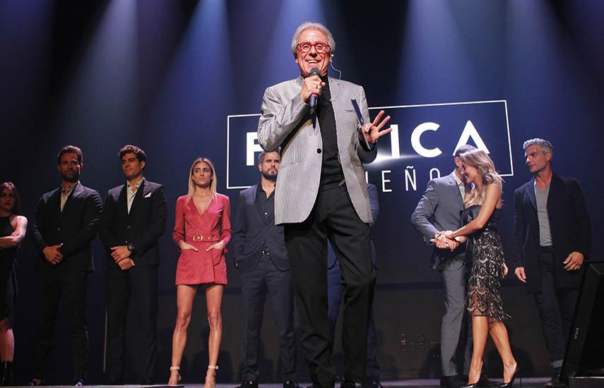 Patricio Wills, presidente de Televisa Studios, durante la presentación estelar en NATPE de los proyectos del año nuevo.