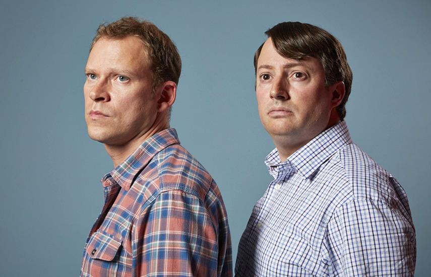 En Europa, la TV checa ha licenciado las nueve temporadas de Peep Show para una ranura primetime de comedia en ČT1.