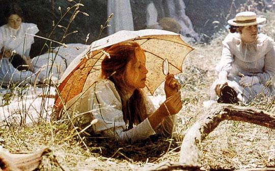 Escena de la película Picnic at hanging rock de 1975