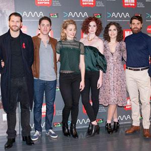 Parte del elenco de Reinas, RTVE