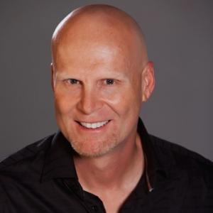 Tom Mohler, presidente de Olympusat